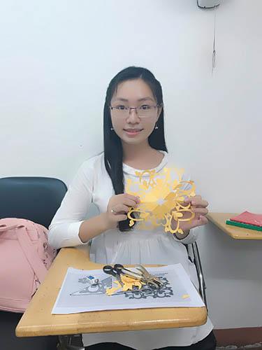 Thủ Khoa Sư Phạm Tiếng Trung Nguyễn Thiên Ngân
