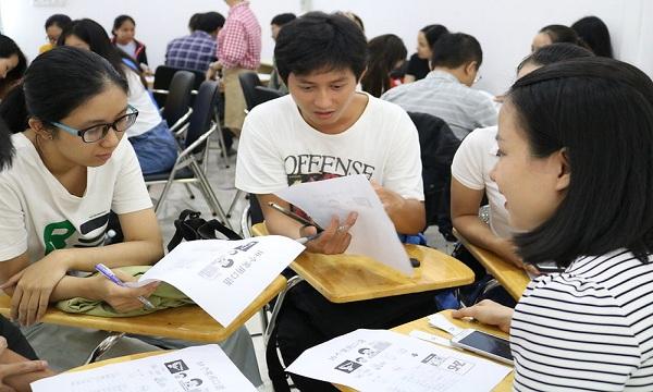 Một buổi sinh hoạt tại clb tiếng Trung TpHCM