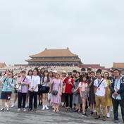 Kết hợp du lịch, tham quan thắng cảnh nổi tiếng